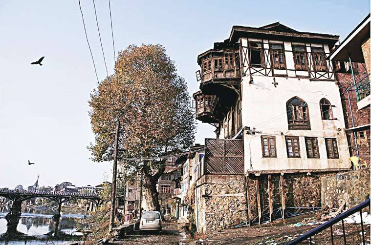 Another photograph by the Kashmiri artist