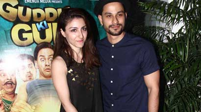 """Actress Soha Ali Khan watched husband Kunal Kemmu's new film 'Guddu Ki Gun' at a special screening held in Mumbai. Venturing into adult comedy for the first time with """"Guddu Ki Gun"""", Kunal Kemmu, who was a little reluctant, said he consulted his wife Soha Ali Khan before signing the film."""