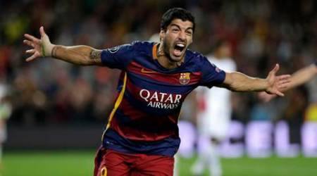 Barcelona's Luis Suarez celebrates after scoring the second goal of his team during a Champions League Group E soccer match between Barcelona and Bayer Leverkusen at Camp Nou stadium in Barcelona, Spain, Tuesday, Sept. 29, 2015. Barcelona won 2-1. (AP Photo/Emilio Morenatti)