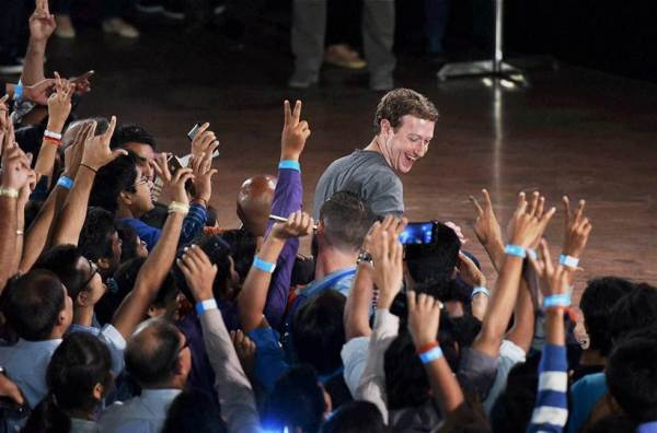 Free basics, Mark Zuckerberg