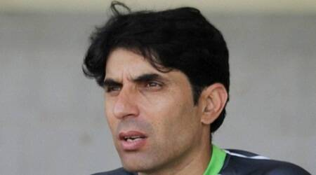 Lahore : Pakistan's cricket team captain Misbah-ul-Haq speaks to reporters in Lahore, Pakistan, Friday, Oct. 2, 2015.  Aging Pakistan captain Misbah-ul-Haq is thinking about quitting test cricket and this month's three-match series against England could be his last in the United Arab Emirates. AP/PTI(AP10_2_2015_000349B)