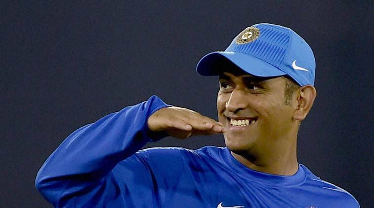 MS Dhoni, MS Dhoni India, India MS Dhoni, India South Africa, South ...