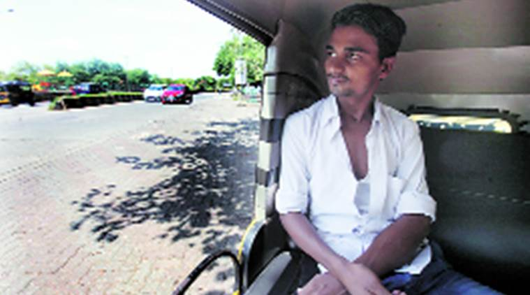 Auto driver Pappu says he doesn't want to waste time by going to vote. Express
