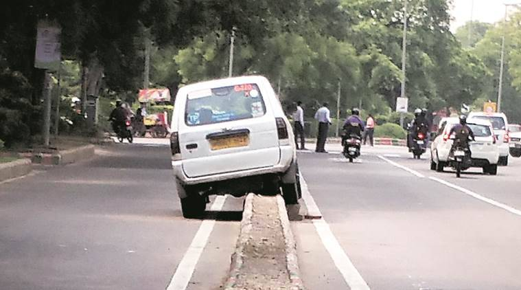 road accident, road traffic rule, traffic police initiative, traffic police, PWD, delhi traffic police, indian express