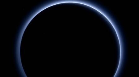 New Horizons captures images of blue sky on Pluto