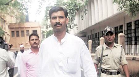 Sohrabuddin's brother gets one month to decide on plea