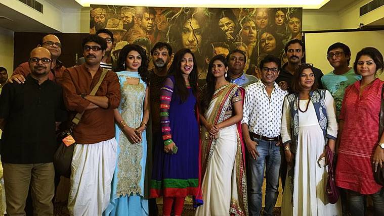 The Rajkahini cast.