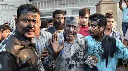 Ink attack, MLA Engineer Rashid, Rashid ink attack, Rashid conference, Rashid ink attack, Delhi news