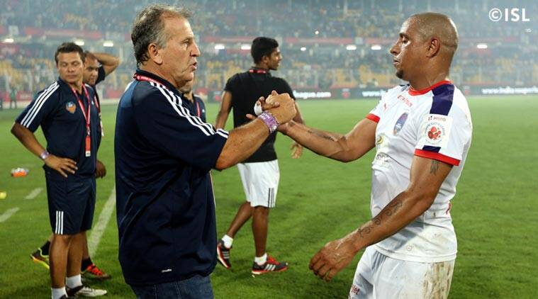 Delhi Dynamos, Roberto Carlos, Roberto Carlos Delhi, Delhi Roberto Carlos, Roberto Carlos Football, Indian Super League, ISL News, Football News, Football