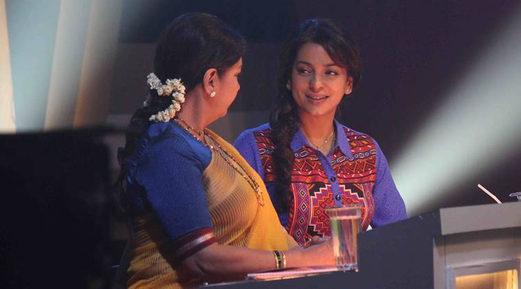 Shabana Azmi, Shabana Azmi news, Shabana Azmi films, Shabana Azmi juhi chawla, juhi chawla news, juhi chawla films, juhi chawla movies, juhi chawla chalk n duster, shabana azmi chalk n duster, chalk n duster