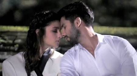 Shaandaar, shahid kapoor, alia bhatt, Shaandaar movie, Shaandaar collection, Shaandaar box office collections, Shaandaar money, Shaandaar business, Shaandaar earnings, shahid kapoor Shaandaar, alia bhatt Shaandaar, entertainment news