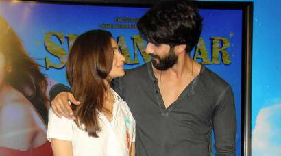 Shahid kapoor, Alia Bhatt have eyes only for each other at 'Neend na mujhko aaye' launch