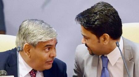 Mumbai: Newly elected BCCI President Shashank Manohar and BCCI Secretary, Anurag Thakur during a press conference in Mumbai on Sunday. PTI Photo by Mitesh Bhuvad(PTI10_4_2015_000096A)