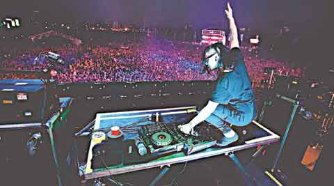I've always felt like  an outsider: Skrillex