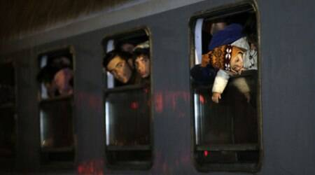After Hungary closes border, thousands of migrants surge into Slovenia as alternativeroute