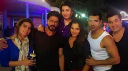 Shah Rukh Khan, 'Dilwale' team play host to Sania Mirza