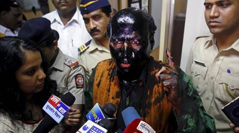 Day after ink attack-  Kulkarni worse than hundred Kasabs, Fadnavis pro-Pak: Shiv Sena
