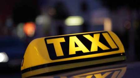 GPS units in taxis provide traffic police updates on congestion