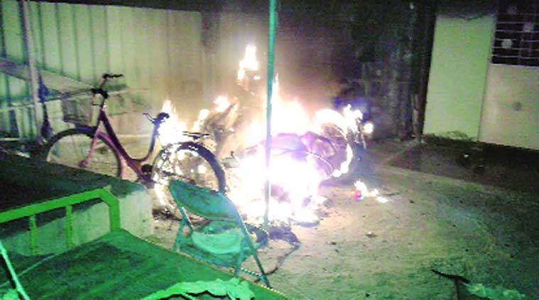 vehicle on fire, fire, accident, vehicle, pune police, pune news
