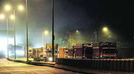 Additional cess, possible ban: Delhi, Centre outline plan against polluting vehicles in apexcourt