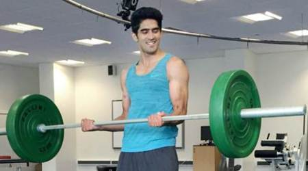 Manchester : Boxer Vijender Singh trains at a gym for his second professional bout at Manchester on Thursday. PTI Photo (PTI10_15_2015_000179B)