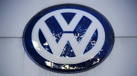 Emission scandal: Volkswagen needs to be pro-active in ivestigation says German Economy Minister
