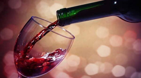 Both red and white wine can improve sugar control, depending on alcohol metabolism genetic profile.