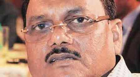 Suspended UP chief engineer Yadav Singh arrested, Congress, BJP say probe links