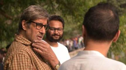 After cycling in 'Piku', Amitabh Bachchan rides scooter for 'Te3N'