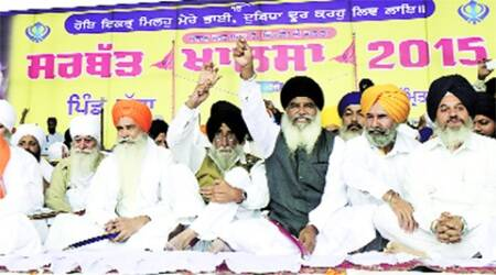 Chandigarh: From hoardings to speeches, Badals come underfire