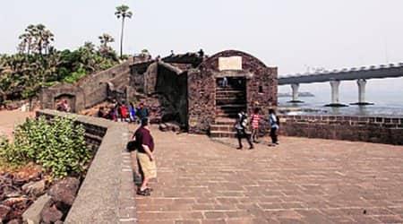 bandra, bandra riun, grand bandra ruin, bandra bandstand ruin, , mumbai, changing mumbai landscape, mumbai news