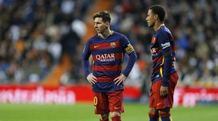 Barcelona's Lionel Messi and Neymar during the first clasico of the season between Real Madrid and Barcelona at the Santiago Bernabeu stadium in Madrid, Spain, Saturday, Nov. 21, 2015.  (AP Photo/Francisco Seco)