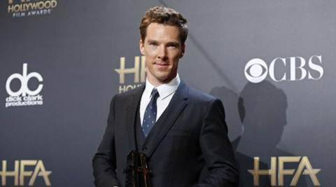 "British actor Benedict Cumberbatch poses backstage with his actor award for ""The Imitation Game"" during the Hollywood Film Awards in Hollywood, California, in this November 14, 2014 file picture. REUTERS/Danny Moloshok/Files"