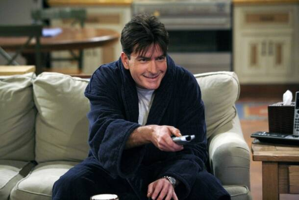 Charlie Sheen, Two and a Half Men, Jon Cryer, Ashton Kutcher, Charlie Sheen controversies, hollywood, entertainment
