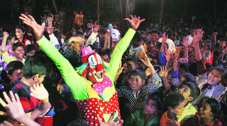 circus, clown art, circus art, govt neglected art, clown art, Biju Nair, Seeti, Planet circus magazine, children's day, mumbai news
