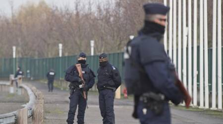 Nearly 1,000 people denied entry to France since Paris attacks: Interior minister