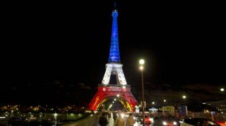 In memory of 13/11, West Bengal to construct its own EiffelTower