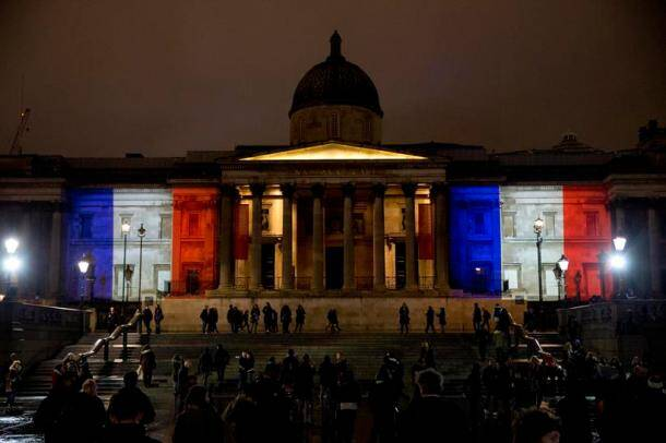 The world lights up to show solidarity with Paris attack victims