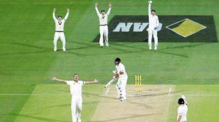 Australia ahead after bowlers repeat Night 1
