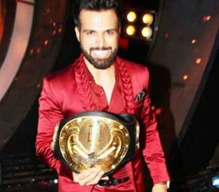Rithvik Dhanjani, I Can Do That, I Can Do That winner, Rithvik Dhanjani actor, Farhan Akhtar, Farhan Akhtar films, Farhan Akhtar host, Zee TV show, Entertainment News