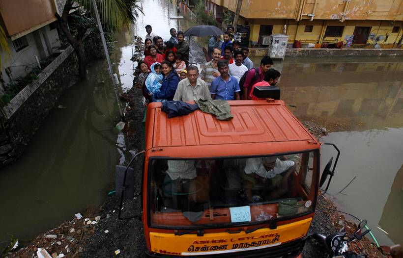 chennai flood, flood in chennai. chennai rain, rain in chennai, madaras high court, relief work in chennai, relief measures, people affected by flood, NGO in chennai, NGO relief work