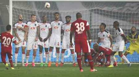 Delhi Dynamos, Simao, Northeast vs Delhi, Roberto Carlos, Indian Super League, ISL Delhi, Delhi Northeast ISL, Football News, Football, sports news