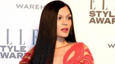Jessie J hits back at online bullies