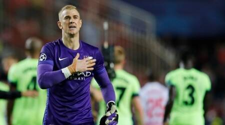 Football - Sevilla v Manchester City - UEFA Champions League Group Stage - Group D - Estadio Sanchez Pizjuan, Sevilla, Spain - 3/11/15 Manchester City's Joe Hart gestures to their fans after the game Reuters / Marcelo Del Pozo Livepic EDITORIAL USE ONLY.