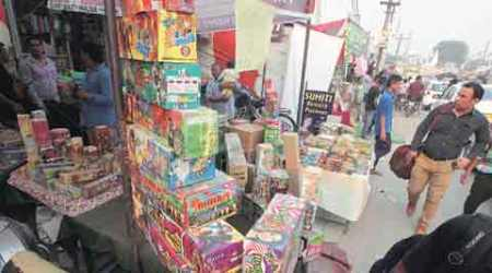 Chandigarh identifies sites for cracker sale, traders meet DC in protest