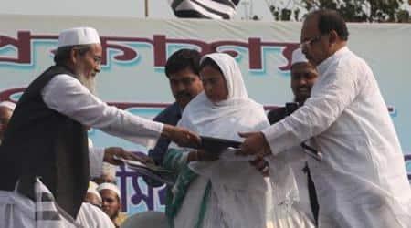 Mamata Banerjee at Jamiat rally, says will always work forminorities