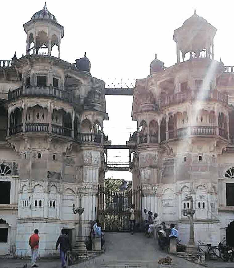 Manda, Manda fort, Manda ramlila, Manda family, ramlila manda fort, manda fort ramlila, raja manda, manda family raja, up aristocrats, up royals, up royal families, up news, india news