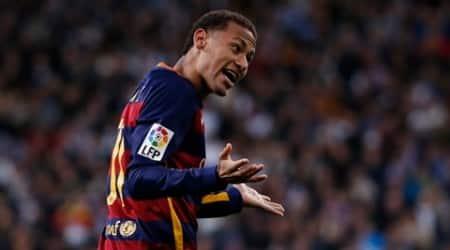 Football - Real Madrid v Barcelona - Liga BBVA - Santiago Bernabeu - 21/11/15 Neymar celebrates after scoring the second goal for Barcelona Reuters / Juan Medina Livepic