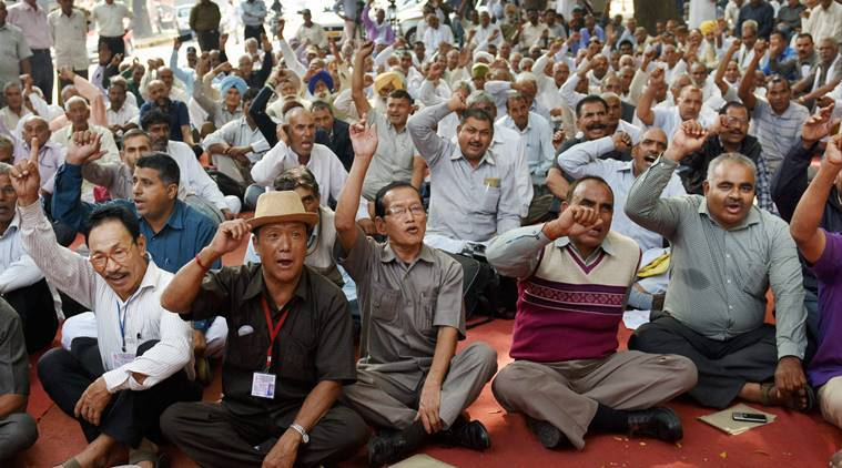 OROP, one rank one pension, orop protest, orop news, india orop, manohar parrikar, parikkar orop, orop scheme, india news, latest news