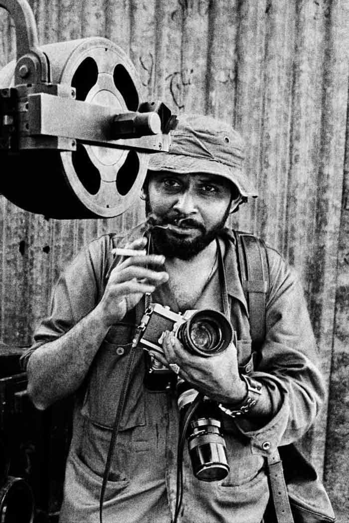 kishor parekh, kishor parekh photography, kishor parekh photo, bangladesh, 1971 bangaldesh war, indo bangladesh war, india bangladesh war, photography, photo exhibition, india news, news, latest news